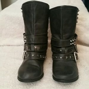 Not Rated Boots Sz 6. Studded and buckled up!